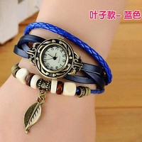 Fashion really belt retro leaf weaving watch