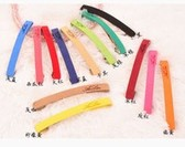 The word (1 price) Korean wild suede simple letters of the alphabet hairpin clip / side folder hairpin (random color)