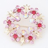Sweet fashion brooches