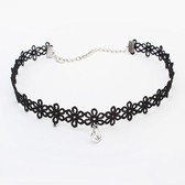 Retro  lace crystal necklace